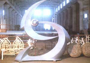 开洛高速公路不锈钢雕像